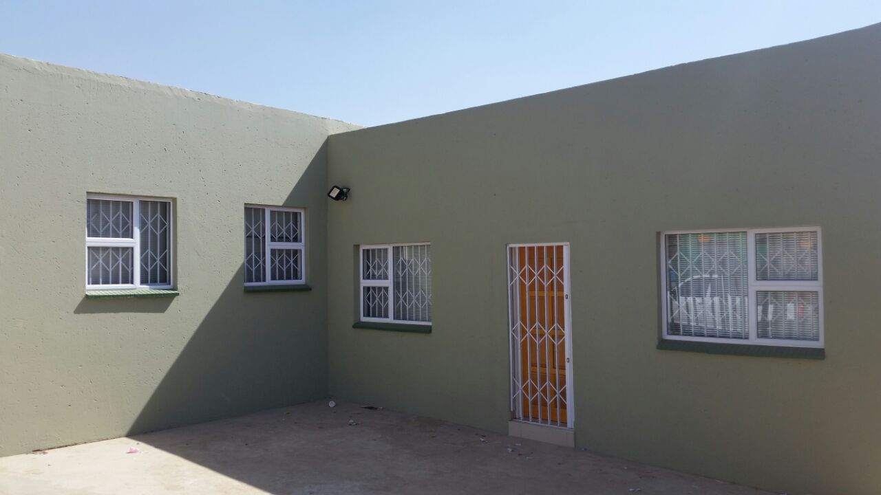 AVBOB TEMBISA Gates and fixtures - Barend 1